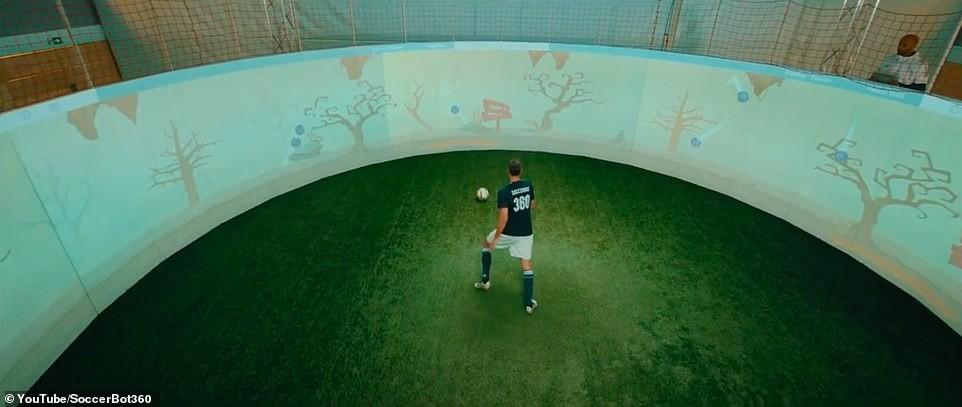 soccerbot3603.jpg